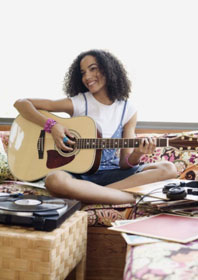 Girl on guitar