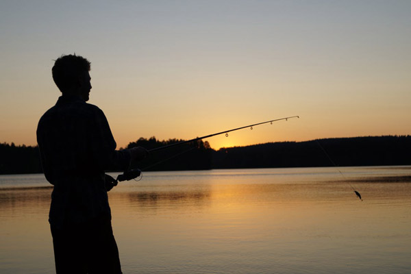 fishing essay Read this essay on bass fishing come browse our large digital warehouse of free sample essays get the knowledge you need in order to pass your classes and more.