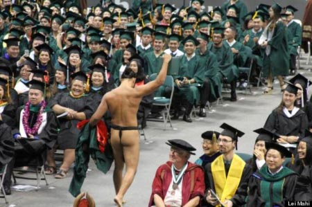 University of Hawaii graduation malo